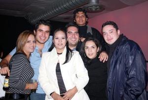 D-Brenda, Ale Gaucín, Cebrián, Rocío, Alfredo, Carlos y Yazmín