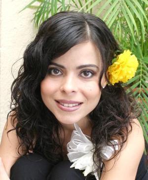 <u><i> 02 de Septiembre de 2004</u></i><p>  Sonia García Guzmán, captada en su última despedida de soltera.