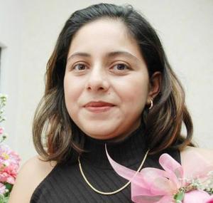 Anna Lilian Guzmán de Rivas recibió sinceras felicitaciones, en su fiesta de regalos.