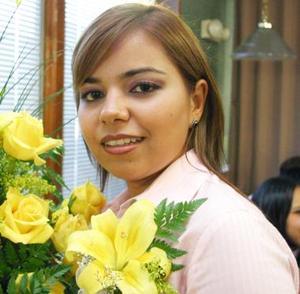 Elba Mariana Lara Gándara, captada en su despedida de soltera.