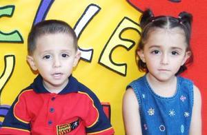 Hassan y Michelle Habid Ramírez, captados en su fiesta de cumpleñaos realizada en días pasados.