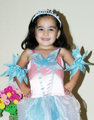 Michelle Ali Tovar Aguilar festejó su quinto cumpleñaos con un divertido convivio infantil.