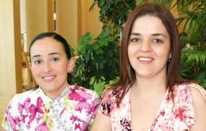 Ana Lucía Fernández y Ana Mexsen.