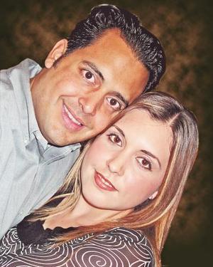 Armando Martínez Alcázar y Paola González Valdés.