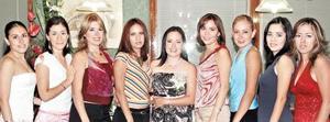 <u><i> 05 de Septiembre de 2004</u></i><p>  Leilani en compañía de sus amigas Nydia Martínez, Xiomara Vallejo, Ale Riesco, Elda Gutiérrez, Tania García, Paola Esquivel, Ale Valero y Celia Sánchez.