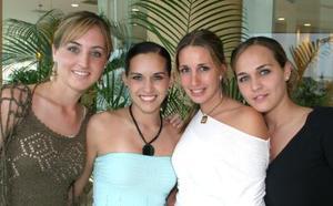 <u><i> 06 de Septiembre de 2004</u></i><p>  Lisy, Tena, Johana y Bárbara Dingler.