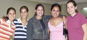 Arely viajó a Italia y fue despedida por Karla, Marycarmen, Marcela y Cecy.