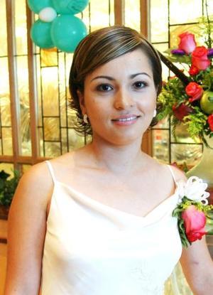 <u><i> 08 de Septiembre de 2004</u></i><p>  Cristina Juárez Jáuregui, en su despedida de soltera.
