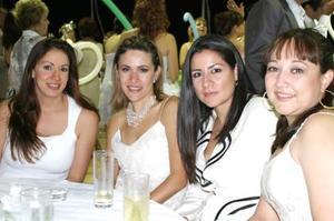 Bárbara Cristina, Adriana Manzanera, Karina Zreik y Adriana González.