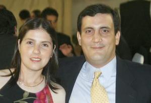 <u><i> 08 de Septiembre de 2004</u></i><p>  Saúl Gómez y Cristina Valencia de Gómez.