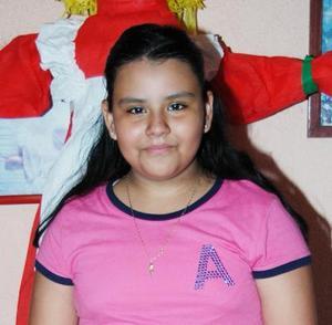 <u><i> 09 de Septimbre de 2004</u></i><p>   Rocío Saucedo Camacho, captada en su fiesta de cumpleñaos.