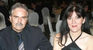Víctor Ramos Galindo y Luisa de Ramos.