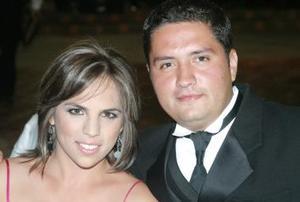 <u><i> 09 de Septiembre de 2004</u></i><p>   Rina Gilio y Alfredo Serna.