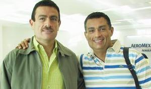 <u><i> 09 de Septiembre de 2004</u></i><p>   Gerardo Galindo viajó  a Egipto y fue despedido por Héctor Galindo.