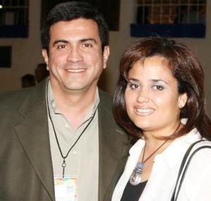 Alejandra Sosa de Hernández y Jorge Hernández Guerra.