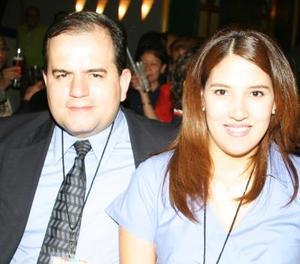 Manuel García Peña Silveyra y Yareli Nava.