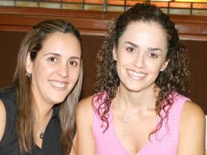 Marcela Baile yb Angélica Gallegos de Baile.
