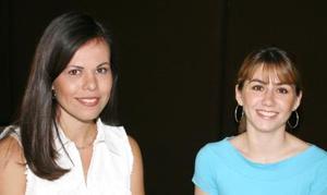 Pinky Vázquez Porras y Astrid Noriega.
