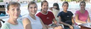 <u><i> 10 de Septiembre de 2004</u></i><p>  Vero de Estrada, Flory de Campillo, Martha de Gamero, Nora de la Torre y Gaby de Landeros.