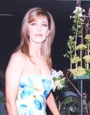Elizabeth Segura Delgado, en su despedida de soltera