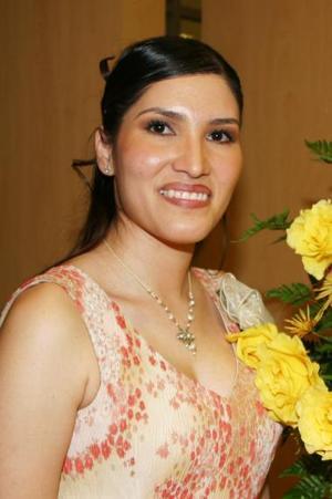 Érika González Márquez contraerá matrimonio con Carlos Ramírez Cano y por tal motivo fue despedida de su soltería.