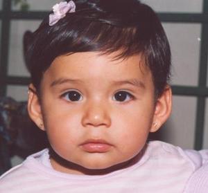 <u><i> 11 de Septimbre de 2004</u></i><p>  Grecia Rojas Hernández cumplió un año de vida y lo festejó con un divertido convivio.