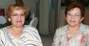 Damaris de Garza y Hermila Ochoa  Martínez.