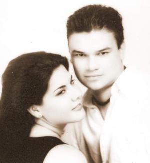<u><i> 11 de Septiembre de 2004</u></i><p>   Roberto Hurtado Leyer y Magda Bernal Flores.