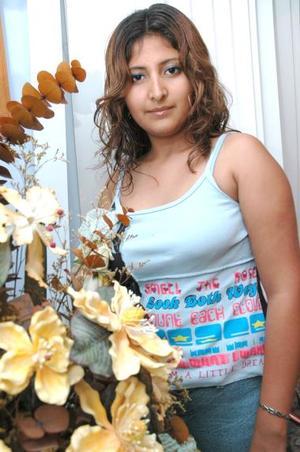 Raquel Sandoval Franco fue despedida de su soltería en días pasados..