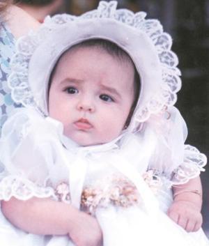 La pequeña Ximena Garza Cuéllar fue bautizada el pasado cuatro de septiembre en la iglesia de La Sagrada Familia, es hija de los señores Miguel A. Garza y Rocío Cuéllar de Garza