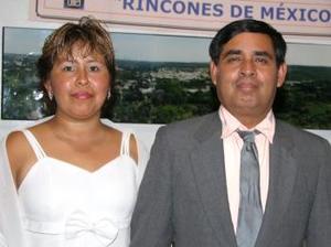 Verónica Terrazas de S. y Segio Salazar García.