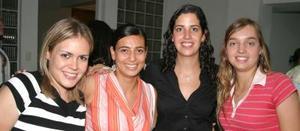 Daniela Tirado, Ivonne Murra, Luly Gallegos y Cote Deves.