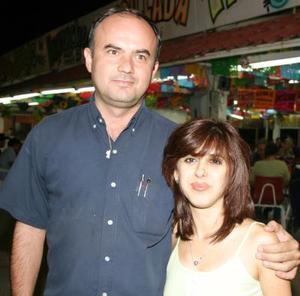 Héctor Rivera y Mónica Santibáñez de Rivera.