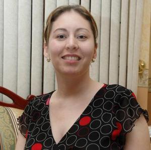 Marisol Solórzano, captada en el convivio que le ofrecieron por su cumpleñaos.