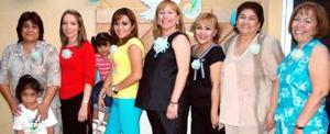 Norma Leticia Figueroa de Barrón disfrutó de una fiesta de canastilla, organizada por Catalina de Figueroa y Verónica de Figueroa