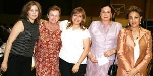 Juana María de Navarro, María Guadalupe Villa de Del Río, Verónica Reed de Murra, Frida de Sosa y frida de Murra.