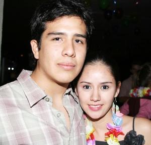 Salvador Alvarado y Laura Valle.