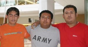 Juan Ramón Adame Escobedo, José Manuel Adame y Juan Manuel Adame Guerra.