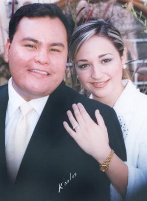 Lic. Fernanado Jaime Gómez y Srita. Priscila Álvarez Tostado Vargas efectuaron su presentación religiosa en la parroquia de Nuestra Señora de la Virgen de la Encarnación el 20 de agosto de 2004.
