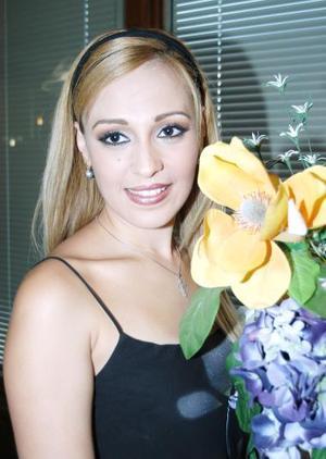 Ileana García Ríos fue despedida de su vida de soltera, con un agradable convivio.