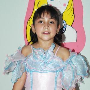 Denisse Enriquez García disfrtutó de una fiesta infantil, con motivo de sus seis años de vida.