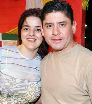 Ana Mexsen y Roberto Velásquez.