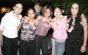 Maguis Sánchez, MAura Fisher, Isabel Mena, Xanath Fragoso y Ana Laura Hamdan.
