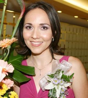 Adriana Estela Olvera en su despedida de soltera.