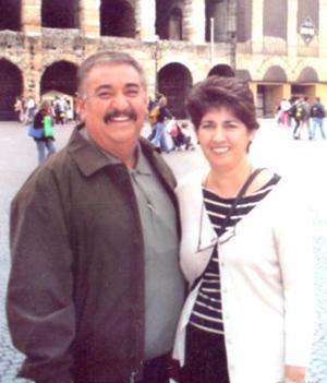 Daniel Garibay y Silvia Ayup de Garibay estuvieron de visita en el anfiteatro en Verona, Italia.