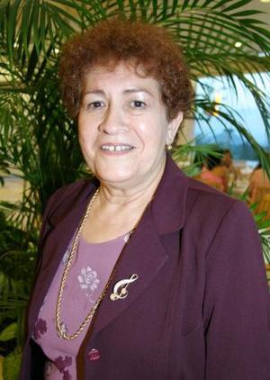 Juana María Enríquez de Arreola celebró su cumpleñaos, con una agradable merienda que le ofrecieron sus hijas en conocido restaurante de la ciudad.