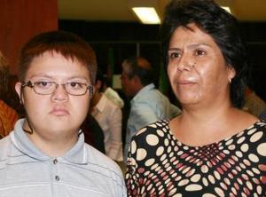 Nohemí Ruvalcaba y Víctor Morán.