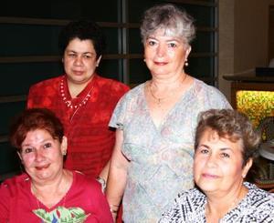 Catalina Montemayor, Dora Elia de Cabrera, Dorita Cabrera y Aurora Carrizales.