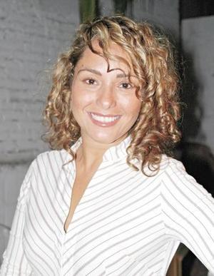 Marisol Cavelaris, captada en pasado festejo social.