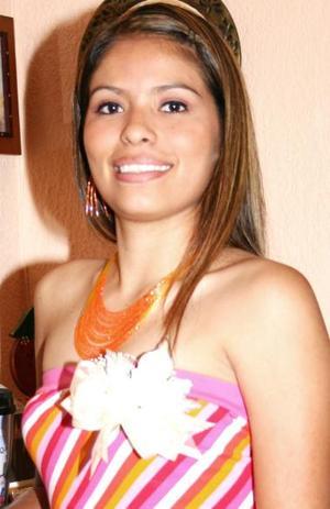 <u><i> 19 de Septiembre de 2004</u></i><p>  Alfa Rodríguez, captada en una de sus últimas despedidas de soltera.
